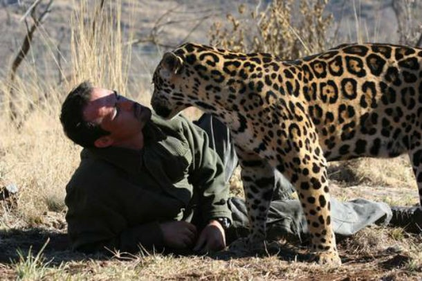58 Kevin Richardson next to a jaguar 610x406 20 Awesome People And Their Real Superpowers!